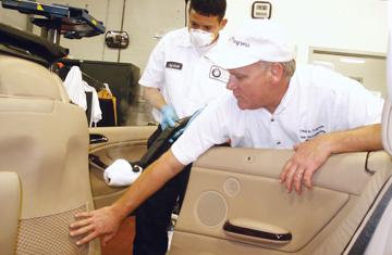 3704-employee-training-detail-shops.jpg