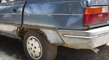car rust, old car, dirty car, poorly maintained vehicle