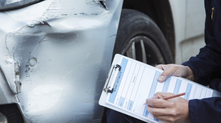 auto repair, insurance claim, auto-related accident, auto accident, insurance, damage claim, car accident, wreck, repairing