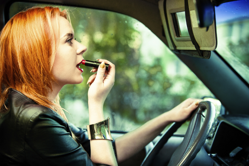 Makeup removal, lipstick, distracted driving, driver, driving, makeup stain,
