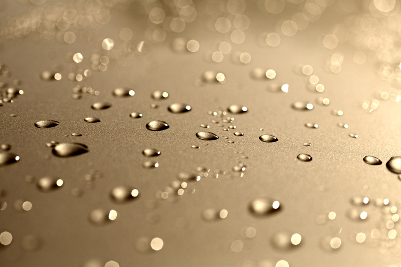 water on car, car wash, water droplets, water drops, water spots, carwash