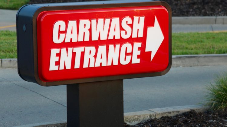 carwash, carwash sign, entrance, entrance sign, driveway, street, site design, carwash site design