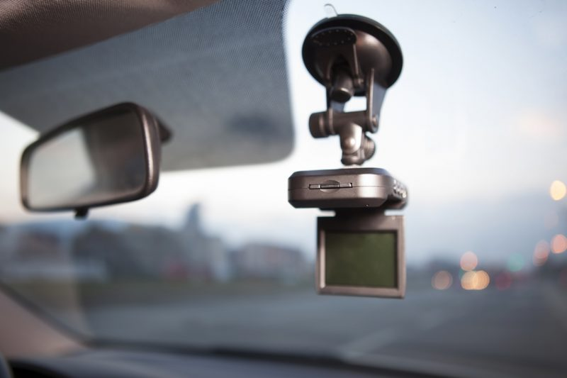 dashcam, dashboard camera, windshield, car, car accessory, car accessories, driving aids