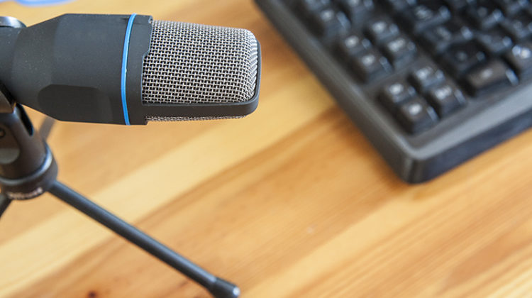 podcast, microphone, keyboard