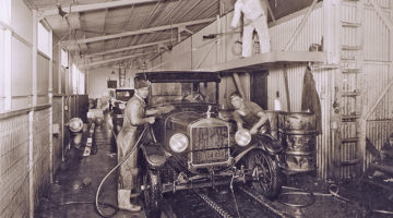 carwash history, hand washing, primitive conveyor, employees, tunnel