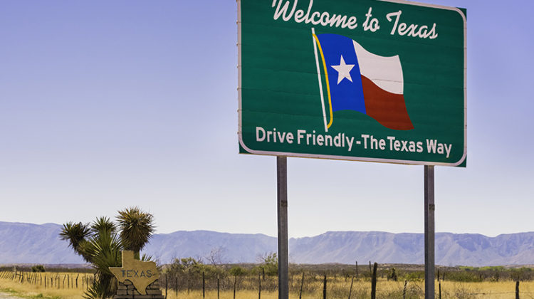 Texas, welcome sign, desert, mountains