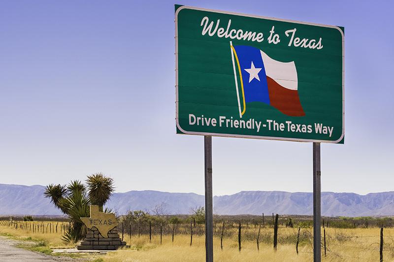 Texas, welcome sign, desert, mountains