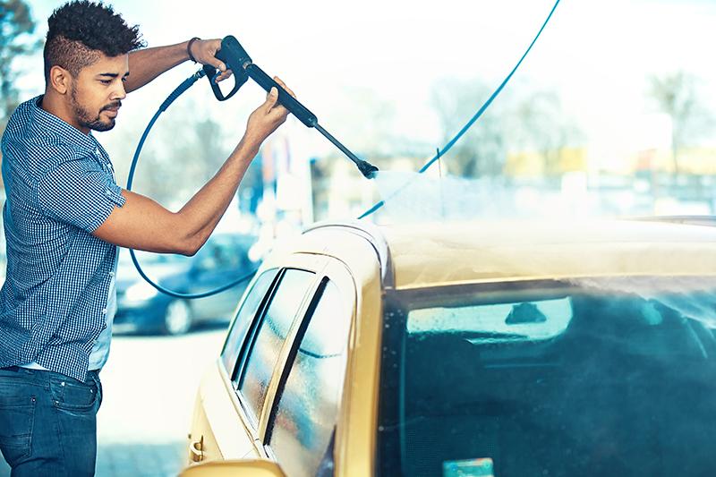self-serve carwash, gun, hose, spring, bay