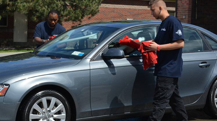 carwash, employees, detailing, towel dry, car