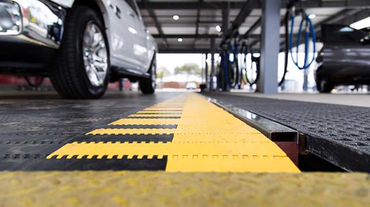 conveyor belt, carwash, flat belt conveyors