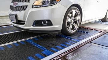 Belt conveyor, belt conveyors, car, carwash